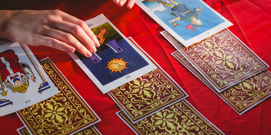 Lees ook 5 Things To Ask Yourself After a Psychic or Tarot Reading